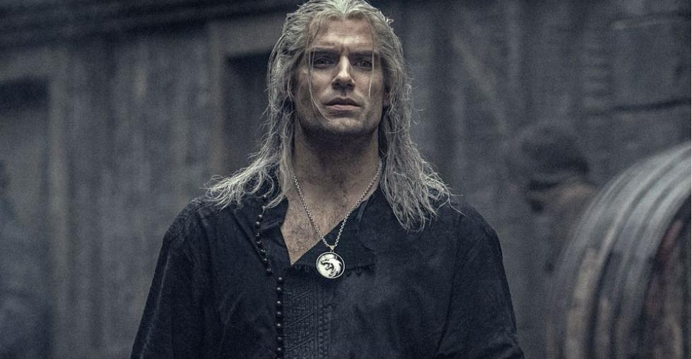 The Witcher: Henry Cavill Didn't Use His Geralt Voice Until Mid-Filming
